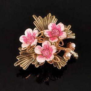 🌸 Beautiful Signed Coro Trio Flower Brooch
